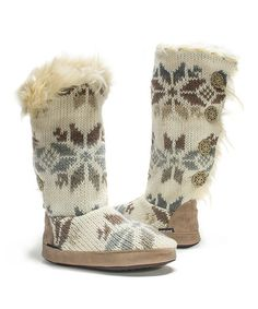 Loving this Winter White Maleah Slipper Boot - Women on #zulily! #zulilyfinds