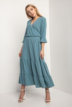 498e34306d93224 Платье OLIKA миди в горошек с воланами и эффектом запАха Garne 3033346,  купить по цене