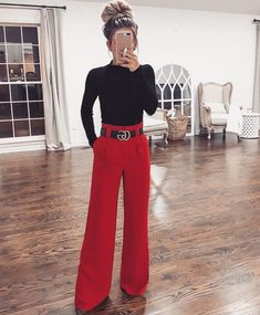 image of laura beverlin ( wearing red pants by american style - Winter 2018 Fashion - Must Have Fashion for Winter Business Professional Outfits, Business Casual Outfits, Modern Outfits, Office Outfits, Classy Outfits, Fall Outfits, Christmas Outfits For Women, Work Outfits, Christmas Party Outfits