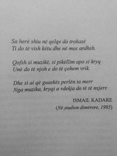 Ismail Kadare Adore