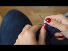 La méthode continentale (2) : bien enrouler le fil sur la main gauche - YouTube Tricot Continental, Main Gauche, Diy Crochet, Knitting Yarn, Points, Stitch, Sewing, Womens Fashion, Patterns