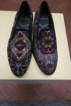 Louis Leeman at Pitti Uomo Florence - BlackandPaper Coat Shoes, Men's Shoes, Shoe Boots, Dress Shoes, Shoes Style, Shoes Men, Men's Style, Burberry Men, Gucci Men