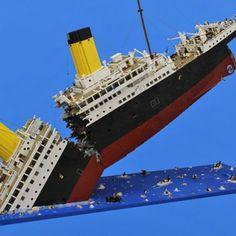 Lego Model of the Titanic Breaking in Half Is Heartbreakingly Beautiful