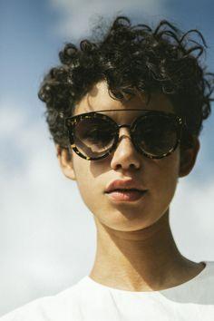 50e33c4477d5 Unisex pilot metal style sunglasses featuring the Dickon Sunglasses ...