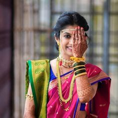 Spotted 25 + trending marathi brides who took for hearts! Bride Poses, Wedding Poses, Wedding Photoshoot, Wedding Couples, Wedding Bride, Wedding Blog, Wedding Dresses, Marathi Bride, Marathi Wedding