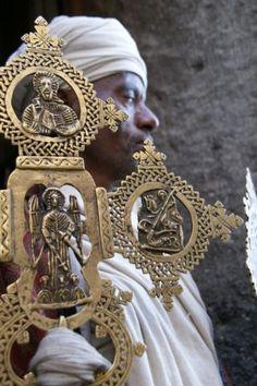 Africa | 'Lalibella Cross'. Tigray, Northern Ethiopia | © Aldona Szyszka.