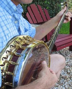If I ever met a boy who could throw down on the banjo, I just might have to fall in love <3