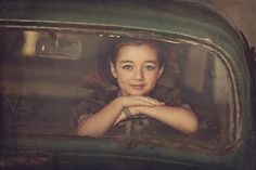 Creative Portrait Photography Examples http://www.graphicmania.net/creative-portrait-photography-examples/