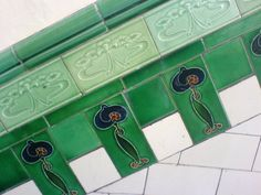 Glascow tenement tile