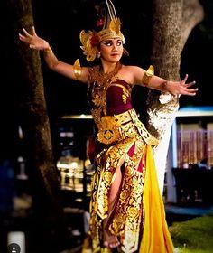 Balinese dancer  taken by jl_captures at Fairmont Sanur Beach Bali