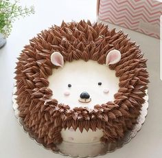 Woodlands Dessert Ideas: Fox Cookies, Bear Cakes and More!- Woodlands Dessert Ideas: Fox Cookies, Bear Cakes and More! Woodlands Dessert Ideas: Fox Cookies, Bear Cakes and… - Fancy Cakes, Cute Cakes, Pretty Cakes, Hedgehog Cake, Hedgehog Animal, Hedgehog Birthday, Baby Hedgehog, Elephant Birthday, Fox Cookies