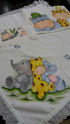 B                                                                                                                                                                                 Mais Tole Painting, Fabric Painting, Pattern Blocks, Quilt Patterns, Elephant Quilt, Nursery Paintings, Beautiful Fantasy Art, Simple Cartoon, Machine Embroidery Projects