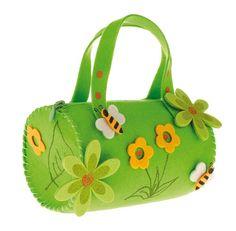 Malá filcová taška dozdobená filcovými kvetinkami pre malé slečny.