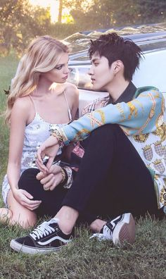 You Are Handsome, Interacial Couples, Kris Exo, Wu Yi Fan, Manga Couple, Korean Couple, Japanese Boy, Ulzzang Couple, Chinese Boy
