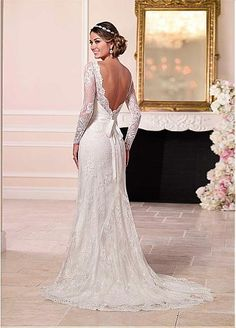 Elegant Lace Scoop Long Sleeves Wedding Dress With Covered Buttons