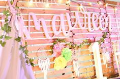 Check out this Kara's Party Ideas featured Bohemian Coachella Inspired Birthday Party! 18th Debut Theme, 18th Debut Ideas, Debut Themes, Bohemian Debut Theme, Bohemian Party, Party Kulissen, Party Ideas, Debut Backdrop, Flower Bouquet Wedding