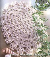 \ PINK ROSE CROCHET /: Centrinho de Crochê Oval com Flores