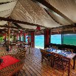Bora Bora Restaurants: MUST DO - La Villa Mahana & Bloody Marys