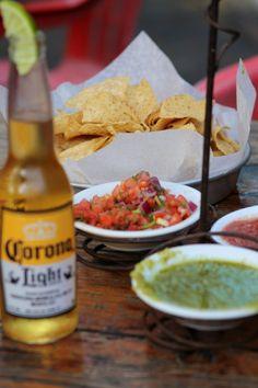 Corona beer & Nachos