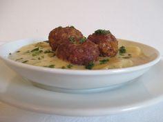 Krumplifőzelék Beef, Ethnic Recipes, Food, Meat, Essen, Meals, Yemek, Eten, Steak