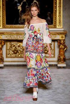 2016 Spring Milan Fashion Week dress series show   Japanese street fashion japanese fashion magazine japan store korean style chinese fashion trendy