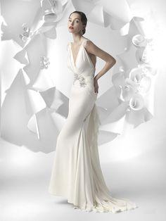 Wedding season has officially started! #bridal #spring #photooftheday #wedding #LesHabitudes