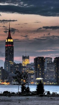 EMPIRE sTATE bUILDING, NY Skyline, the most impressive one, United States.