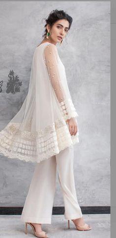 Boho Estilo Fashion, Asian Fashion, Hijab Fashion, Boho Fashion, Fashion Outfits, Womens Fashion, Pakistani Dresses, Indian Dresses, Indian Outfits