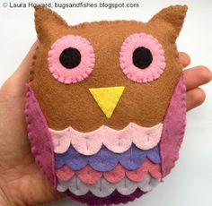Bugs and Fishes by Lupin: How To: Felt Owl Felt Diy, Handmade Felt, Wool Felt, Crafts For Kids, Owl Crafts, Plushie Patterns, Owl Patterns, Sewing Patterns, Owl Ornament