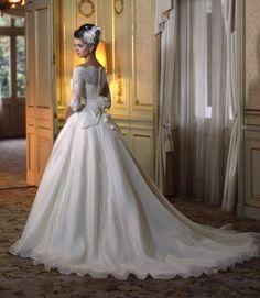"""駒込に発見!アトリエ直営ウェディングドレスSHOP""""カンタベッラ""""のドレスが素晴らしい♡にて紹介している画像"""