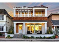 A vacation home you can stay at in Balboa Island!