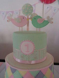 torta pajaritos - Buscar con Google Owl Birthday Parties, Birthday Cake Girls, Baby First Birthday, Bolo Fack, Torta Baby Shower, Bird Party, Bird Cakes, Love Cake, Cute Cakes