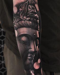 Arm tattoo for men Budist Tattoo, Hanya Tattoo, Tattoo Style, Alien Tattoo, Tatoo Art, Body Art Tattoos, Full Hand Tattoo, Full Arm Tattoos, Arm Tattoos For Guys