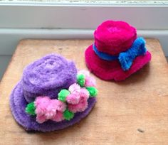 Pipe cleaner crafts - hat snowman hat