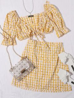 Cute Summer Outfits, Girly Outfits, Cute Casual Outfits, Pretty Outfits, Stylish Outfits, Kpop Fashion Outfits, Girls Fashion Clothes, Korean Girl Fashion, Look Fashion