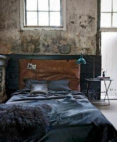 objets de décoration cuir tete lit