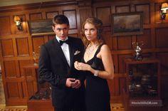 Supernatural - Publicity still of Jensen Ackles & Lauren Cohan