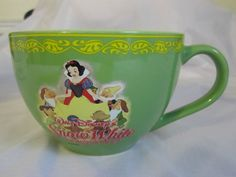 Snow White and the Seven Dwarfs Disney Mug Cup Large Wide Mouth Green 20 oz. EUC #DisneyStore