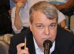 PSB, PSDB, PT ... uma ova. Voto PSOL http://www.passosmgonline.com/index.php/2014-01-22-23-08-21/opiniao/2842-psb-psdb-pt-uma-ova-voto-psol