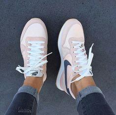 nike  rosa  sneakers Neue Schuhe, Schöne Schuhe, Nike Klamotten, Schuhe 334c5305c1