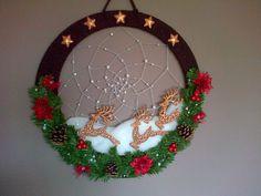 xmass dreamcatcher made by Mahou's Studio Website, Dream Catcher, Christmas Wreaths, Homemade, Holiday Decor, Creative, Studio, Dreamcatchers, Home Made
