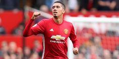 Smalling di Kabarkan Masuk Daftar Jual Mourinho