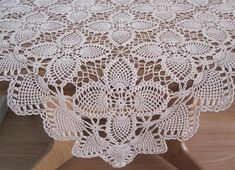 Vintage Hand Crochet TABLECLOTH 87cms x 85cms Stunning Design in a Light Tan Colour In very good condition as photos show. *Laundered *Starched *Ironed Comes to you ready to use.