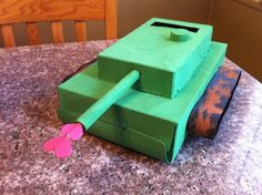 Show Tell Share: Valentine's Day Boxes. Love the tank box idea.