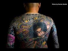 浅草 彫やすさんの刺青作品集 / Japanese tattoo by Asakusa Horiyasu - YouTube