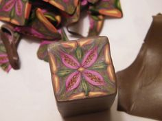 Art Jewelry Elements: Polymer Clay How To - exotic bloom kaleidoscope cane