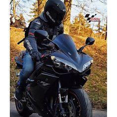 #r1 ______________________________________________  #bikelife #Instamotogalery  #bikervideos #moto #motor #bike #repost  #photooftheday #yamaha #motorcycle #motocross #motorbike #honda #ktm #bmw #car #sportbiker #like4like #gopro #seguidores #kawasaki #ducati #cbr  #followme #suzuki #goprocar #eusouduasrodas by eusouduasrodas