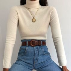 Class white turtleneck + high waisted jeans Source by satisfactionx turtleneck outfit Aesthetic Fashion, Aesthetic Clothes, Look Fashion, Fashion Outfits, Womens Fashion, Fashion Trends, Spring Aesthetic, Aesthetic Vintage, India Fashion