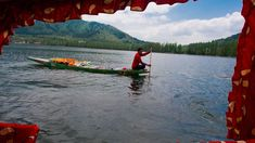 Indian tourism minister says female tourists 'should not wear short dresses and skirts'Kashmiri vendor sells flowers to the tourists in the Dal lake during the Shikara boats festival on April 20 2016 in Srinagar the summer capital of Indian administered Kashmir India.  Image: Yawar Nazir/NurPhoto/Sipa USA  By Colin Daileda2016-08-29 22:13:48 UTC  India Tourism Minister Mahesh Sharma drew criticism on Sunday for saying female tourists traveling to the country should not wear short dresses and…