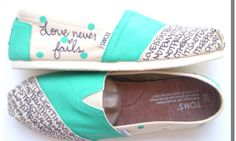 The funny thing is that I love toms but I dont have a single pair #flowear #fashion ✻ www.flowear.org